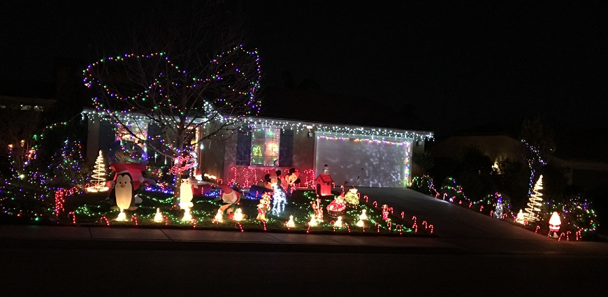 13086-deuce-ct-2nd-place-holiday-lighting-contest-2016